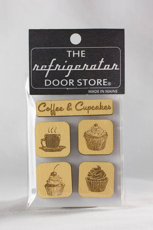 $9.99 COFFEE & CUPCAKES WOOD MAGNET SET