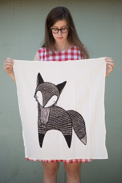 $17.99 FOX KITCHEN TOWEL