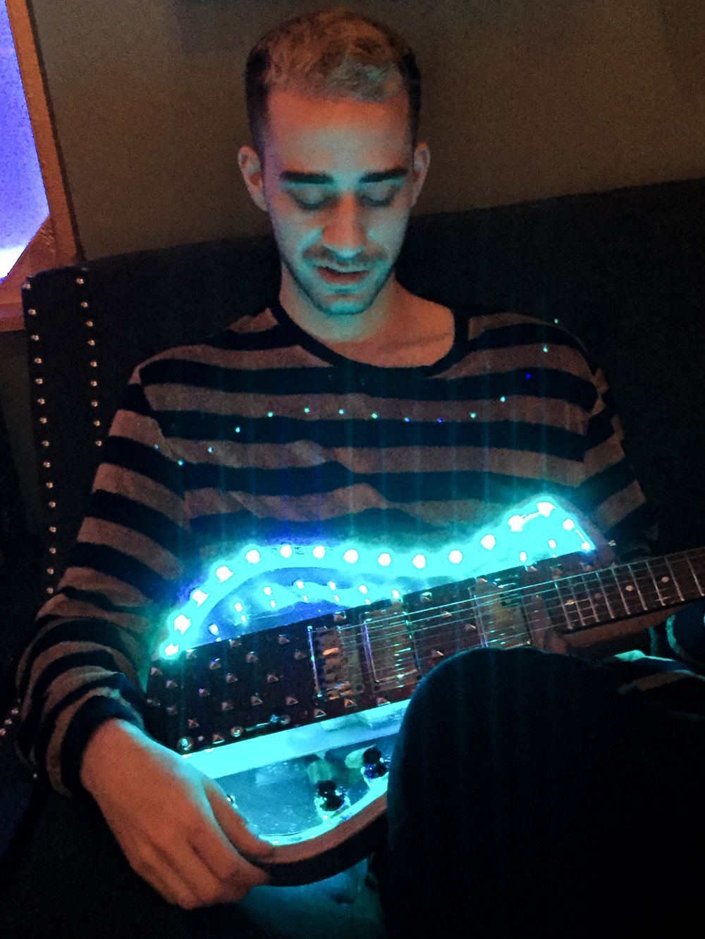 NICHOLAS VEINOGLOUBAZZI - Image courtesy of Gallo Guitars