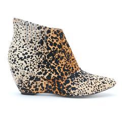 nugent-leopard-outside_6d4f9474-2f4c-4318-a25e-d77b7933013d_medium.jpg