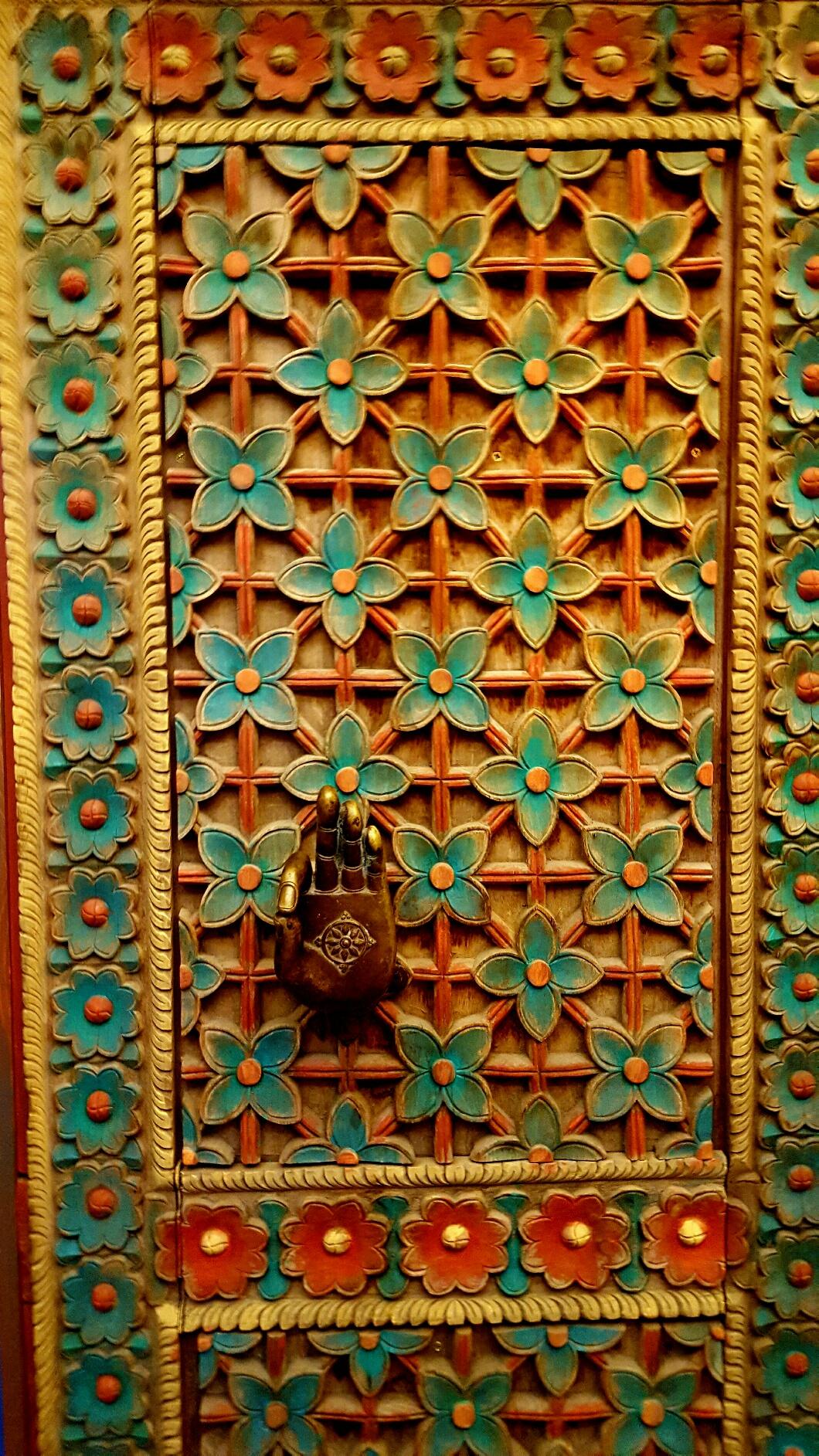 DoorNHand.Rudramandir.jpg