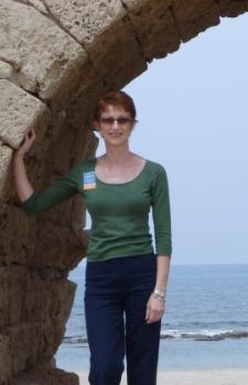 Nicole Sorrell on the mediterranean sea
