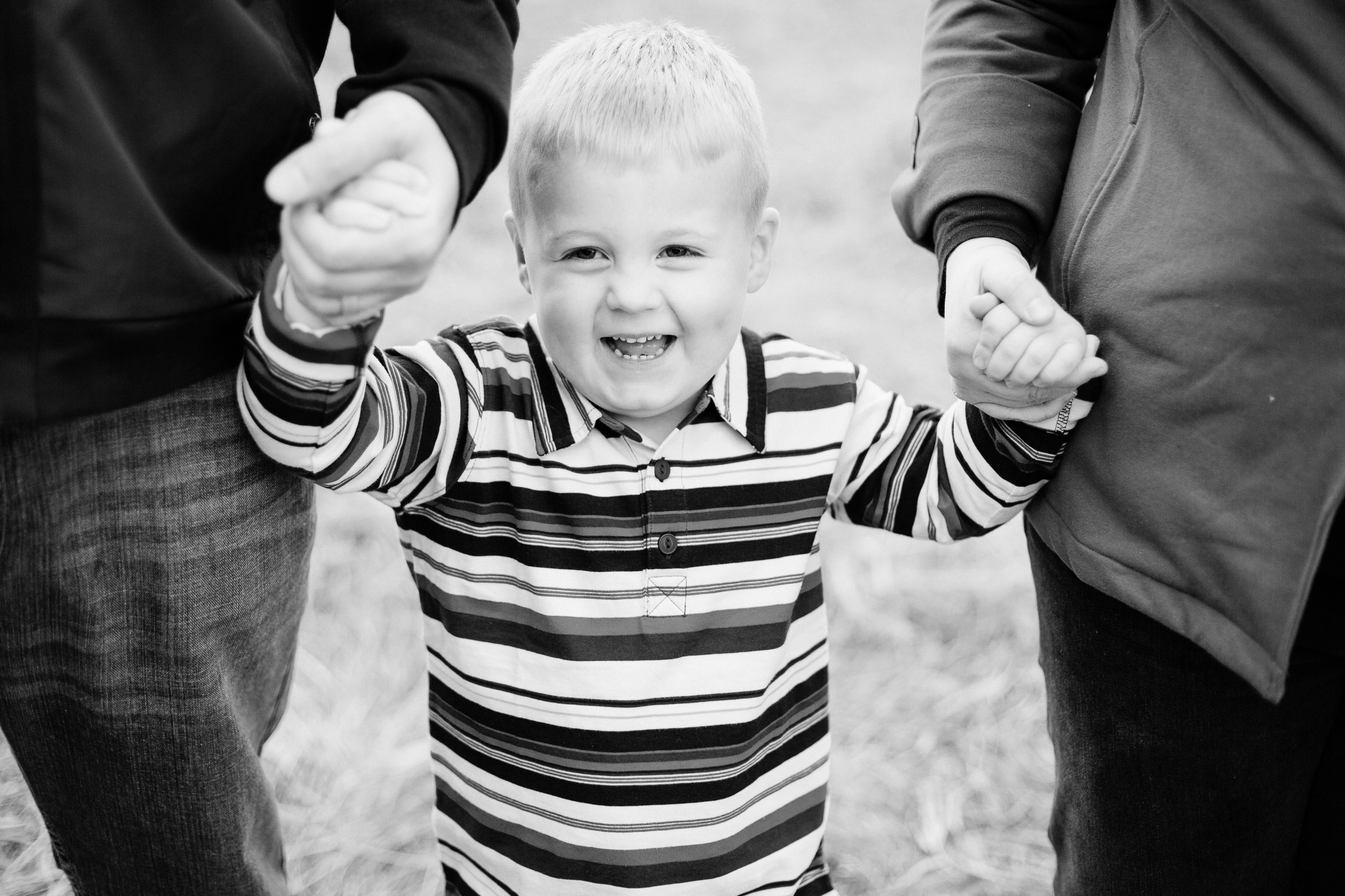 Jen_Montgomery_Photography_MN_WickFamily-90BW.JPG