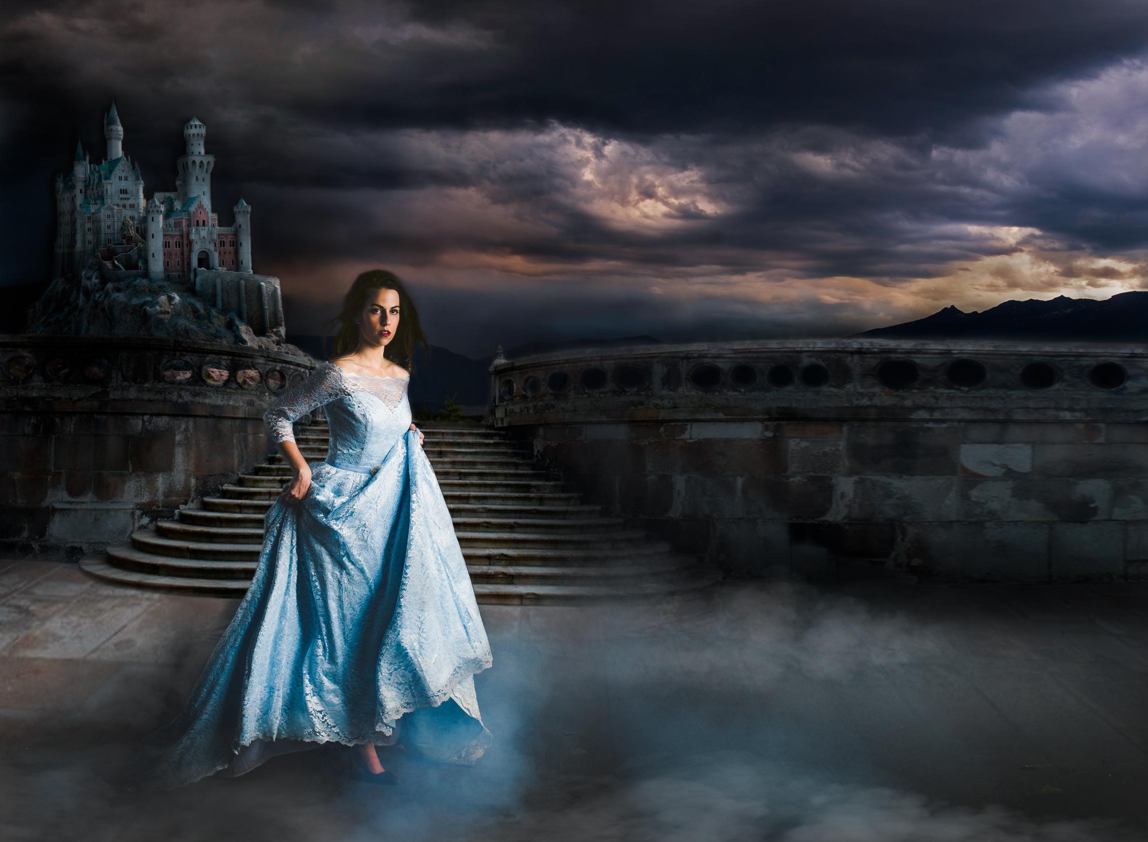 Jen_Montgomery_Photography_CinderellaCinemaSM.jpg