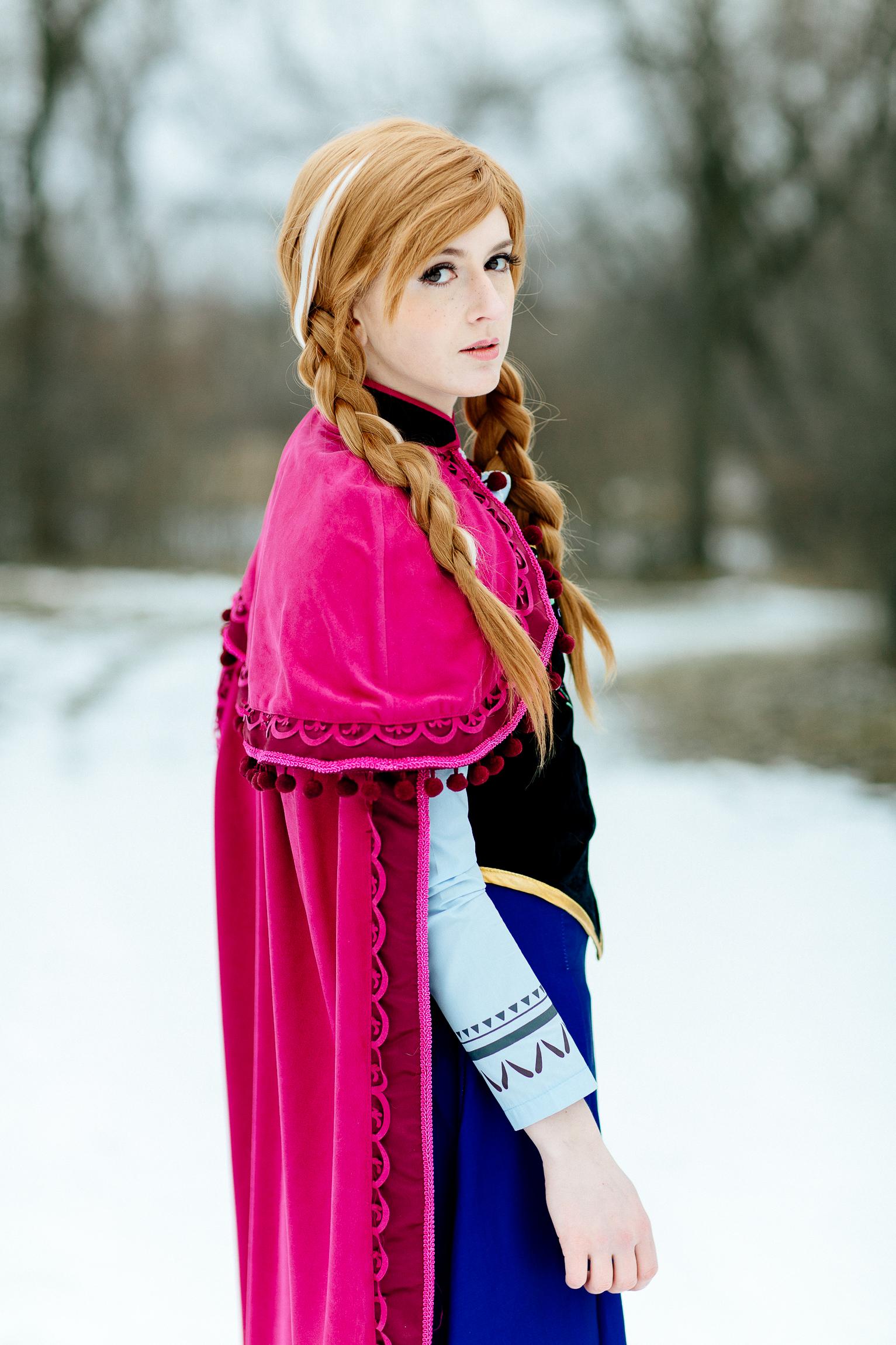Jen_Montgomery_Photography_Wedding_Elsa&Anna-10.jpg