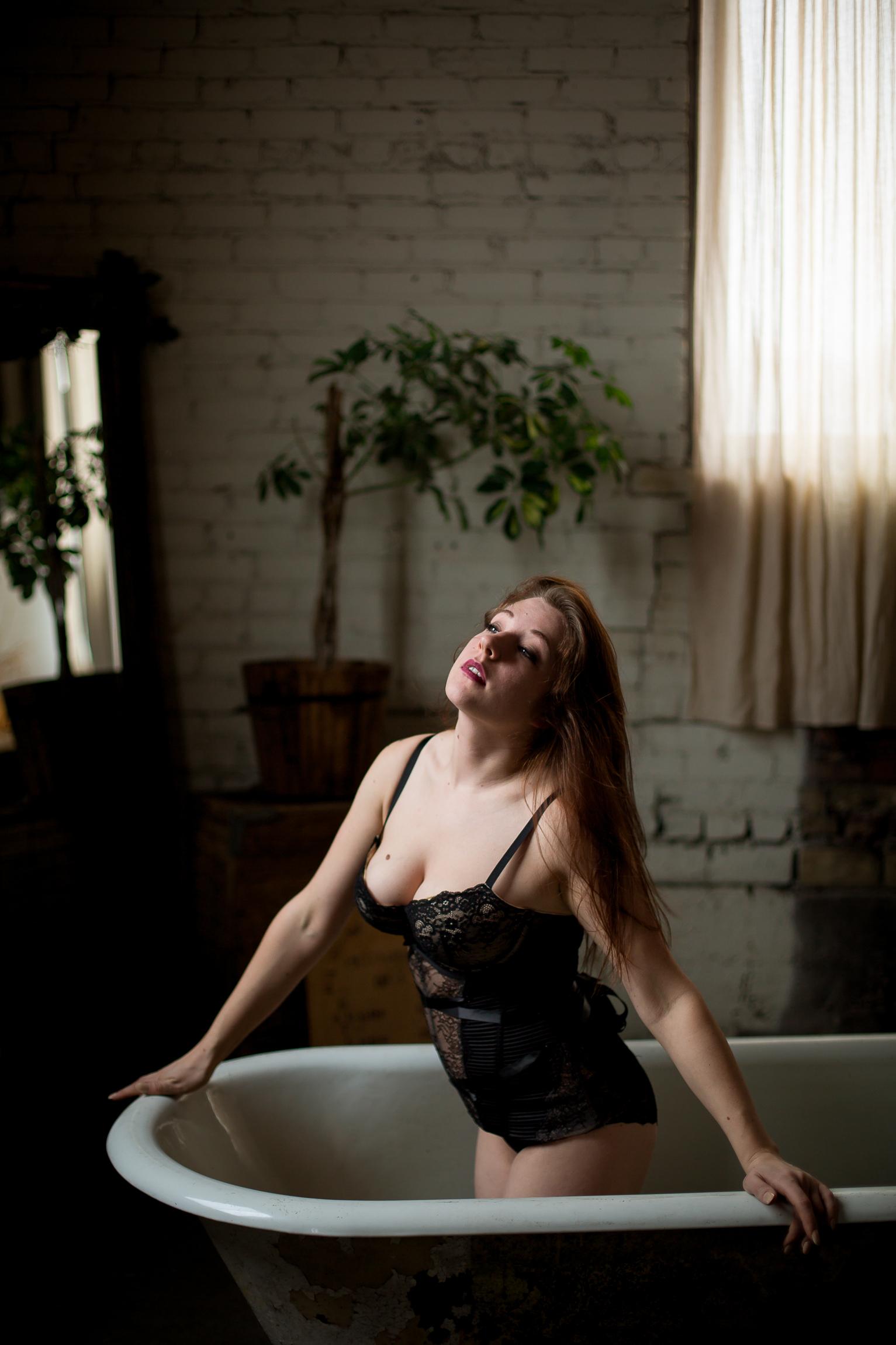 Jen_Montgomery_Photography_SarahBoudoir2.jpg