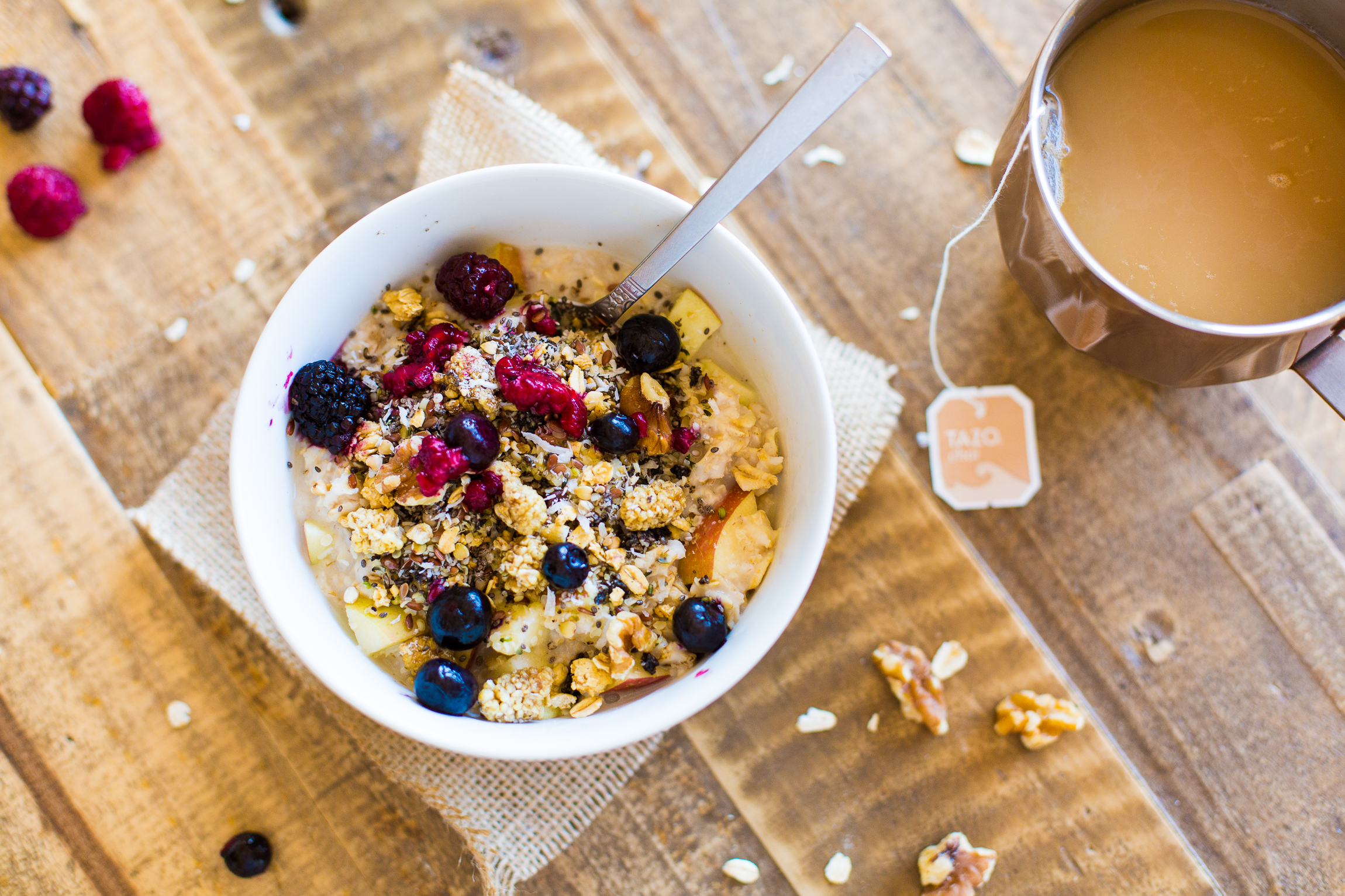 This hearty breakfast clocks in at a mere 294 calories with the added bonus of a healthy dose of 57 grams of carbohydrates to start your day out fulfilled, 8 grams of protein and only 10mg of sodium (my daily allowance is 1,490mg!).