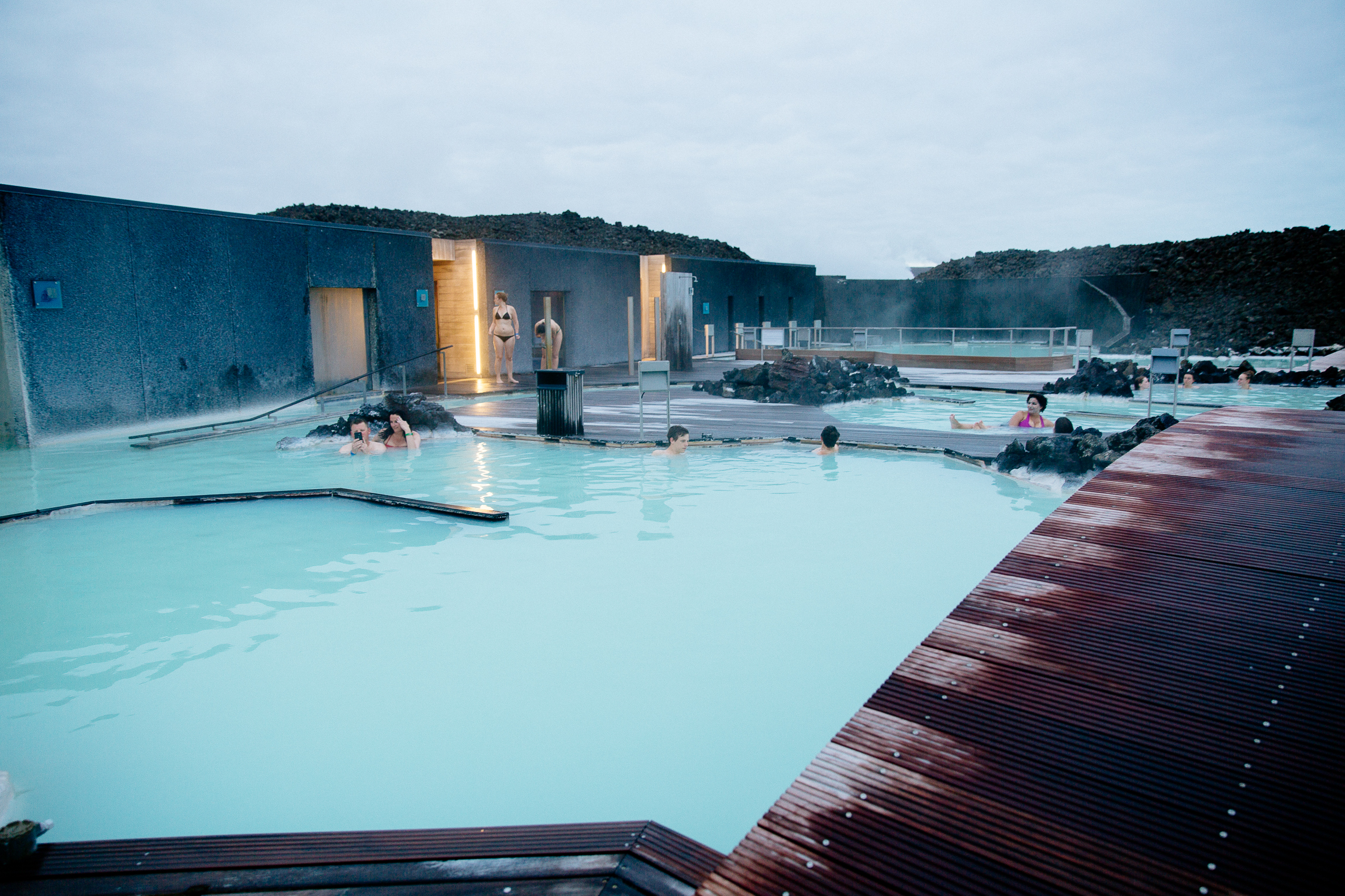 Jen_Montgomery_Photography_Lagoon_Blue_Iceland_Angie-3.jpg