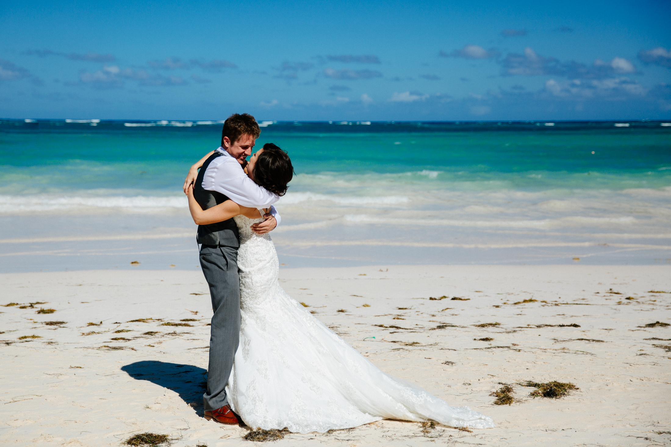 Jen_Montgomery_Photography_ZandraTyler_wedding_dominican_FB-33.jpg
