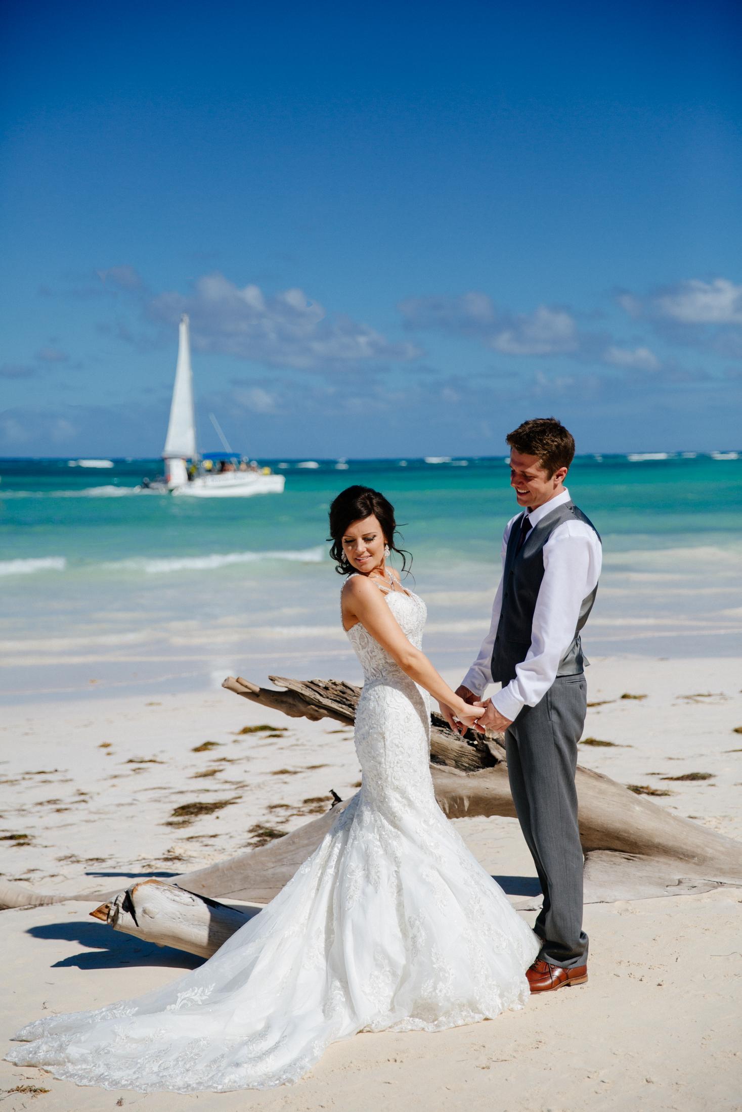 Jen_Montgomery_Photography_ZandraTyler_wedding_dominican_FB-37.jpg
