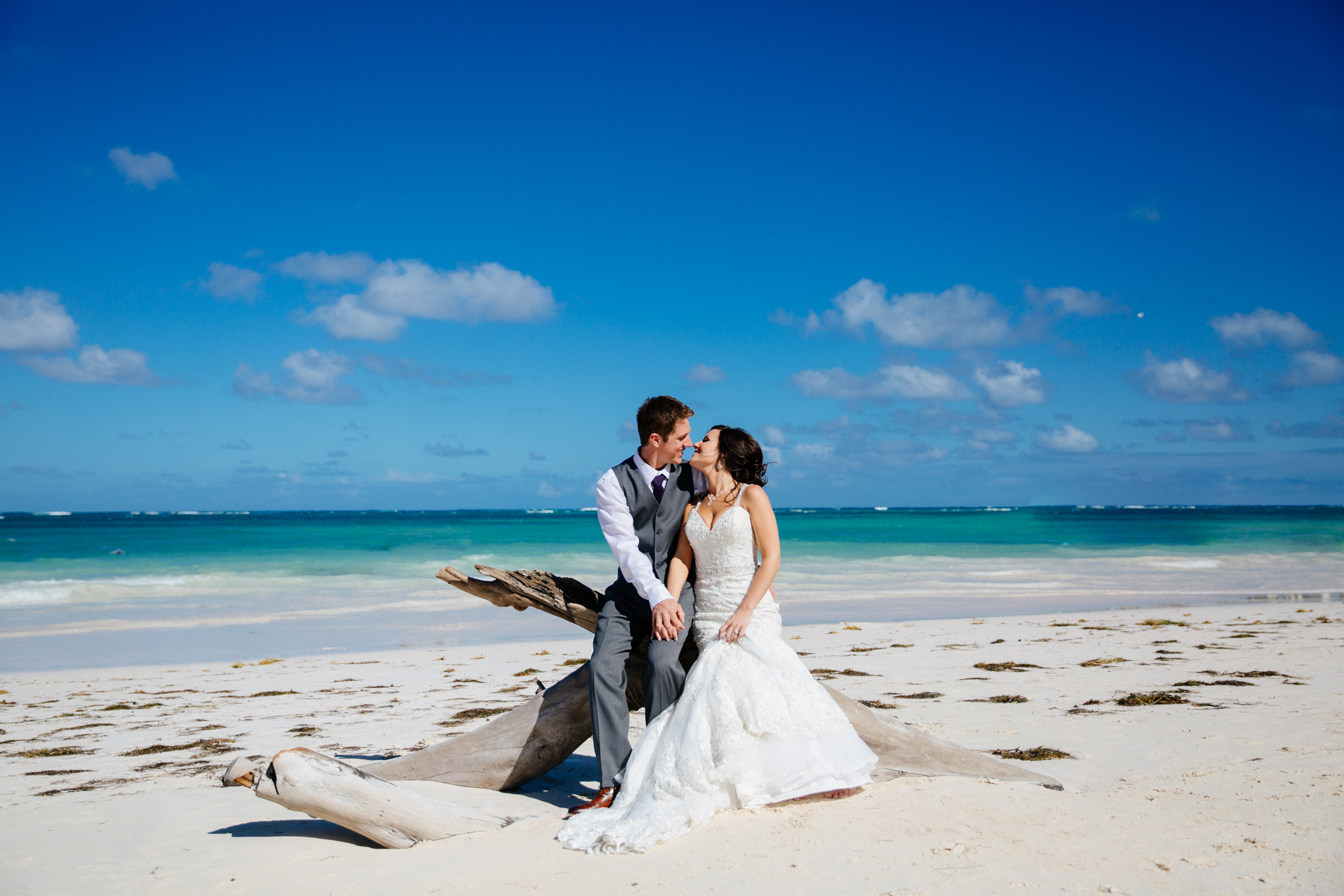 Jen_Montgomery_Photography_ZandraTyler_wedding_dominican_FB-43.jpg