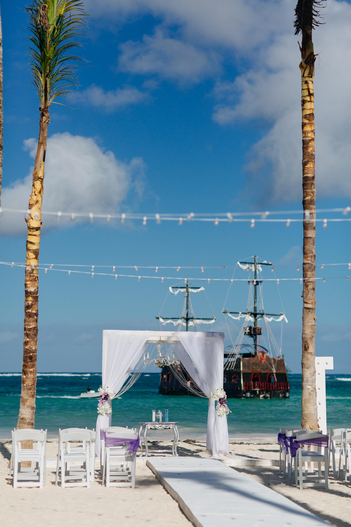 Jen_Montgomery_Photography_ZandraTyler_wedding_dominican_FB-71.jpg
