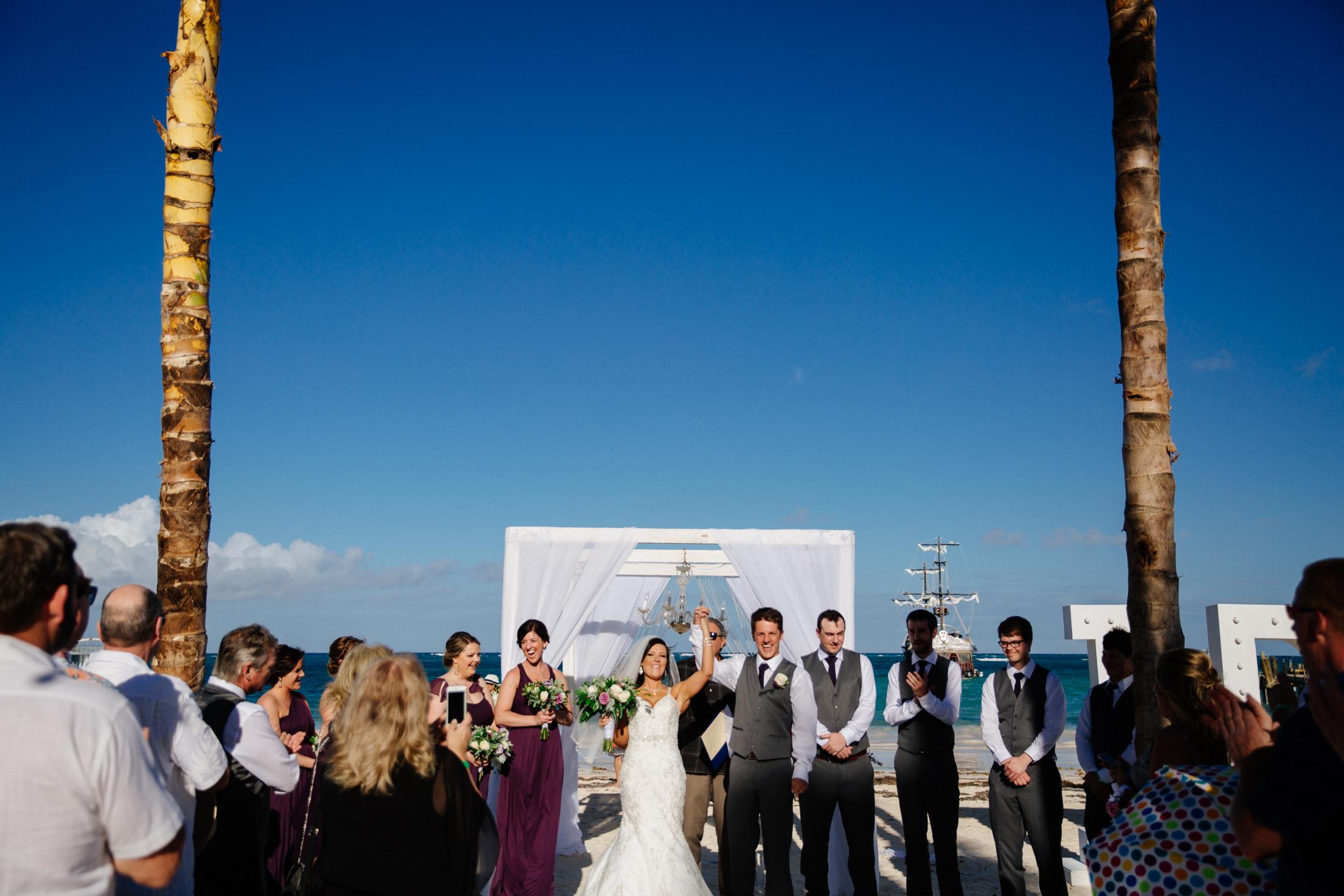 Jen_Montgomery_Photography_ZandraTyler_wedding_dominican_FB-79.jpg