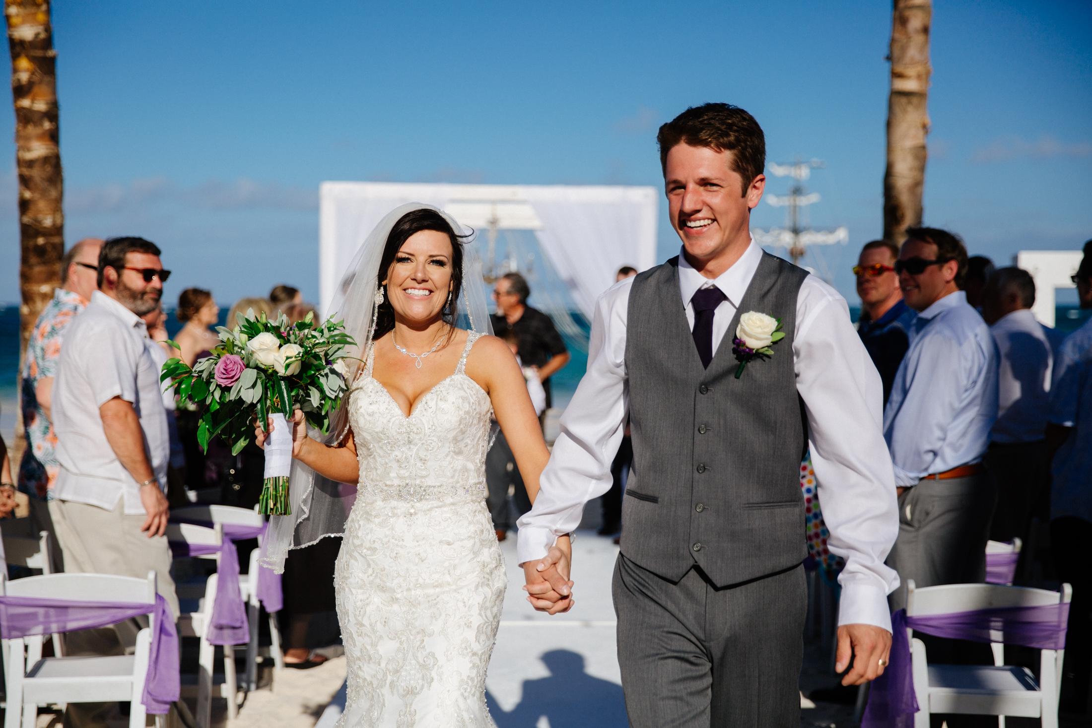 Jen_Montgomery_Photography_ZandraTyler_wedding_dominican_FB-80.jpg