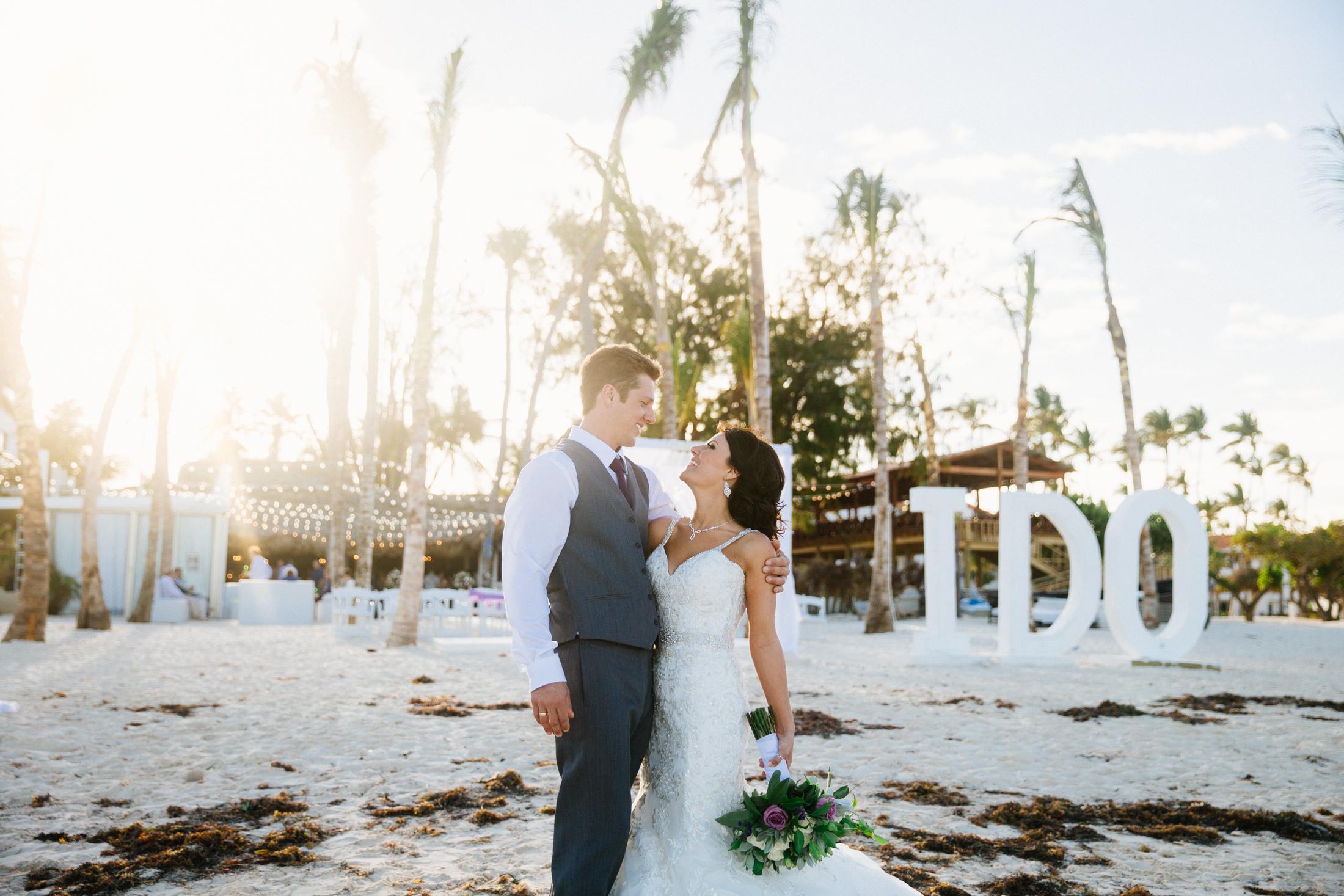 Jen_Montgomery_Photography_ZandraTyler_wedding_dominican_FB-96.jpg