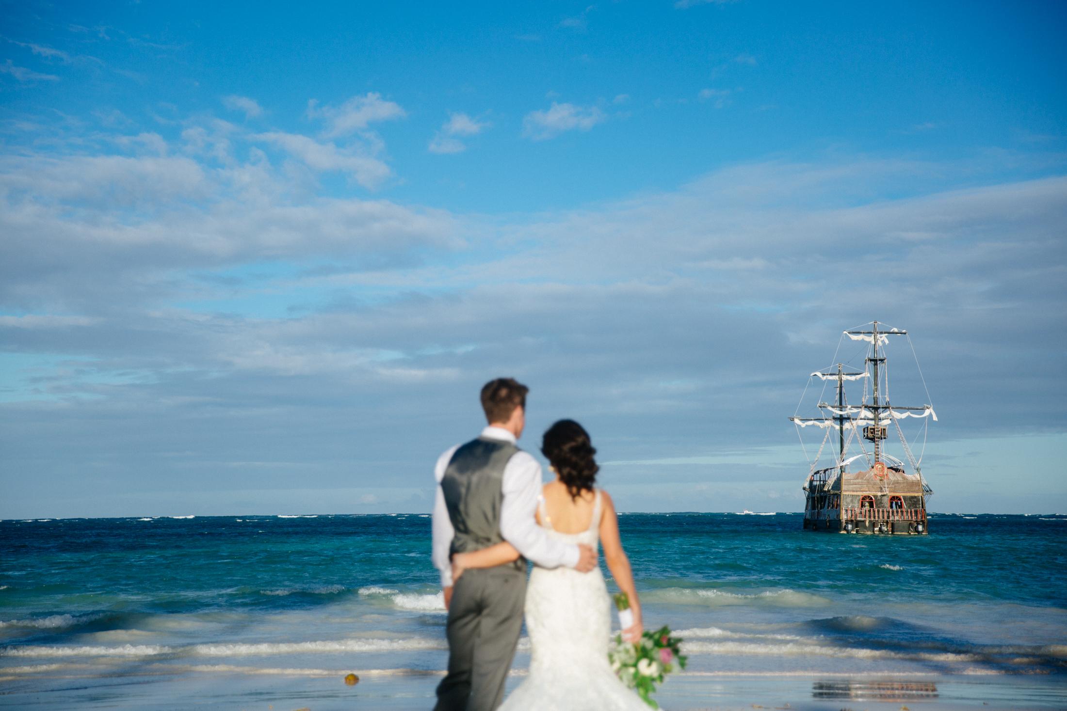 Jen_Montgomery_Photography_ZandraTyler_wedding_dominican_FB-106.jpg