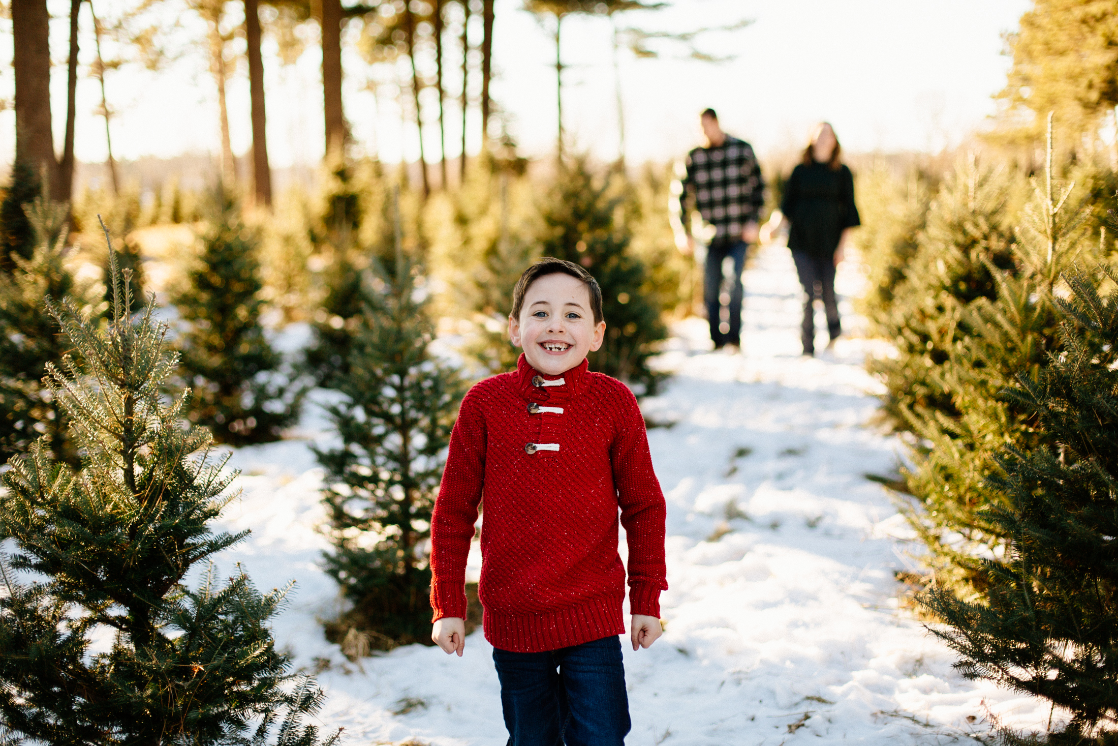 Jen_Montgomery_Photography_Arens_Holiday_Family_FB-9.jpg