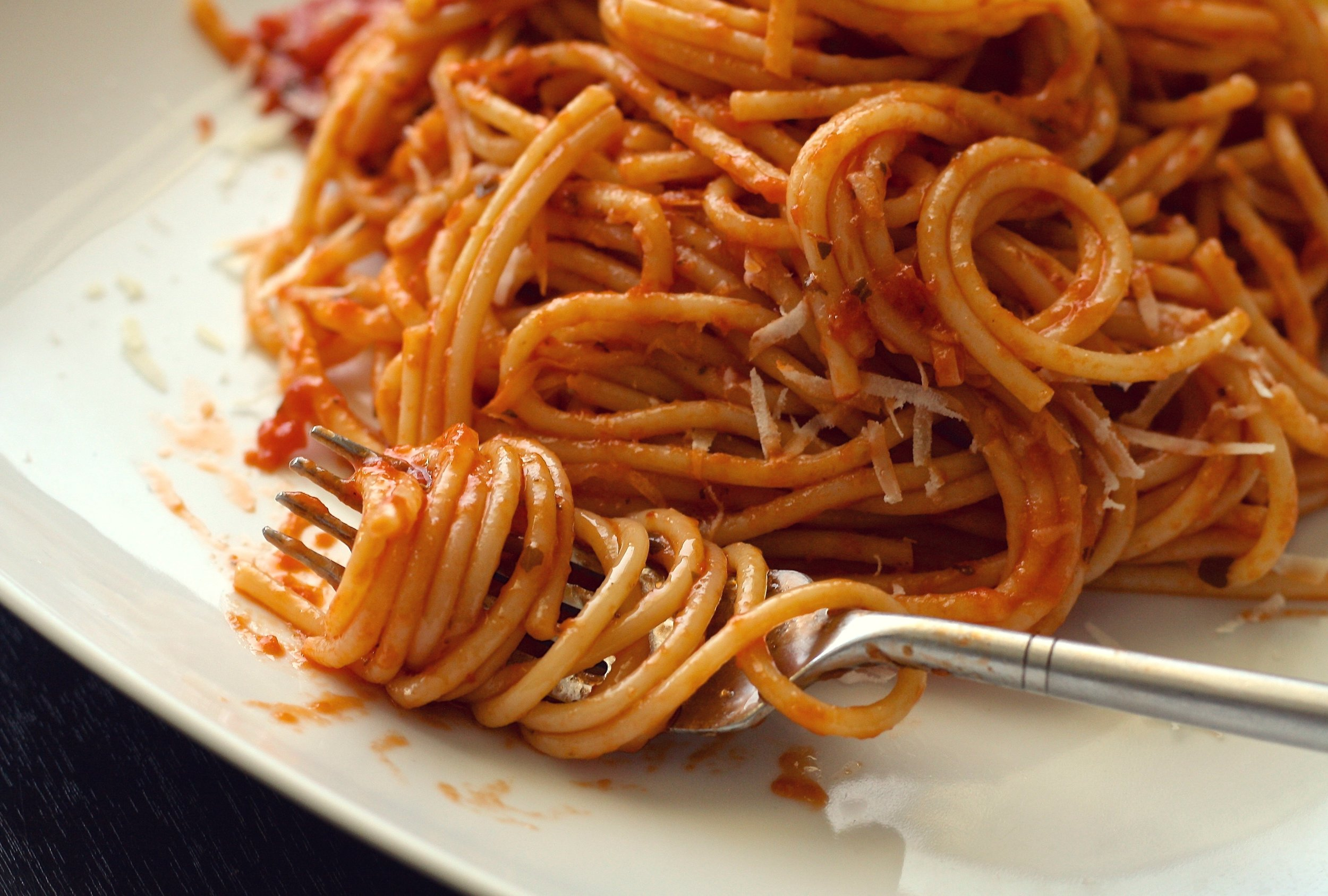 Pasta-Spaghetti-on-folk.jpg