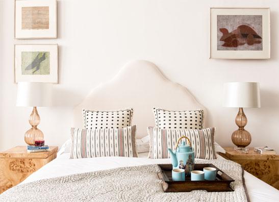 Rampur Romance White Bedroom