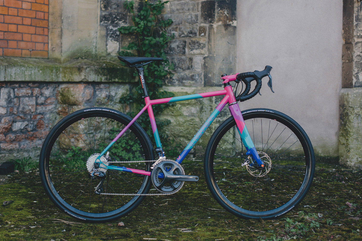 quirk_cycles_eleanors_tcr_dazzler_JPEG_0001.jpg