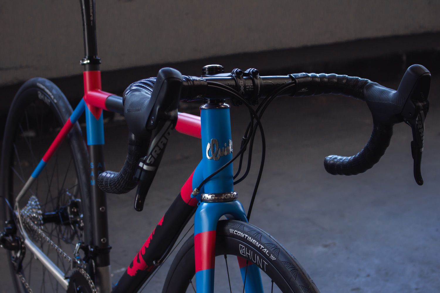 quirk_cycles_stainless_carbon_climber_road_JPEG_0004.jpg