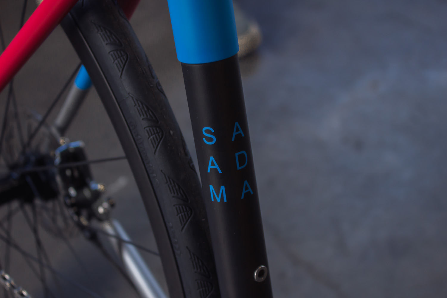 quirk_cycles_stainless_carbon_climber_road_JPEG_0005.jpg