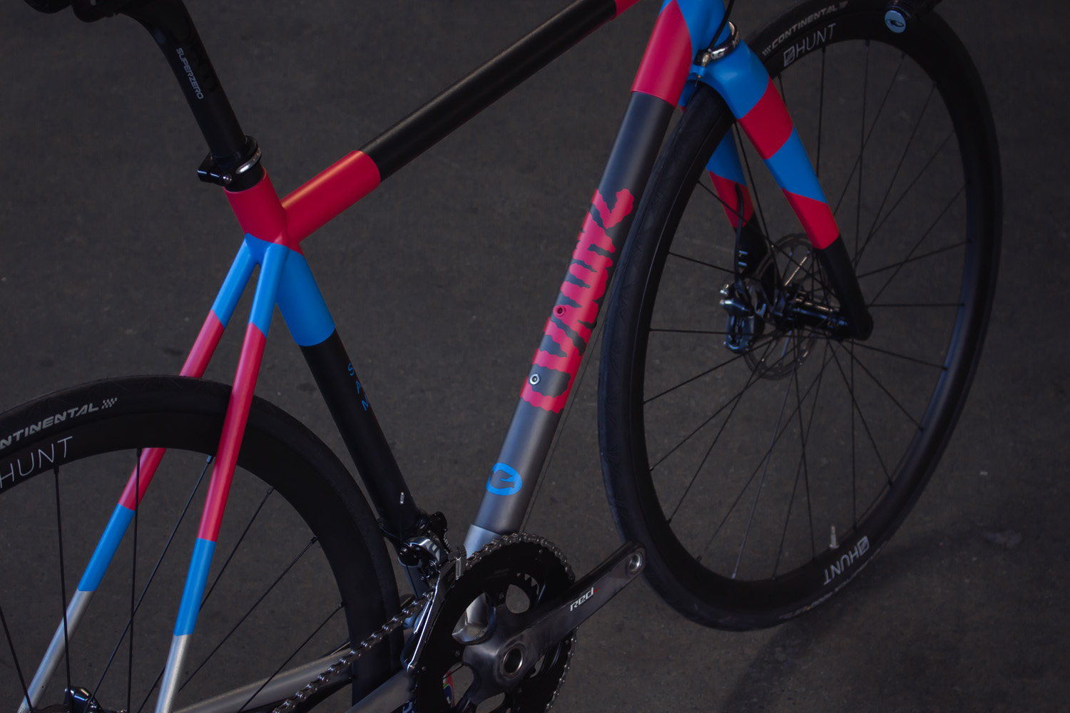 quirk_cycles_stainless_carbon_climber_road_JPEG_0007.jpg