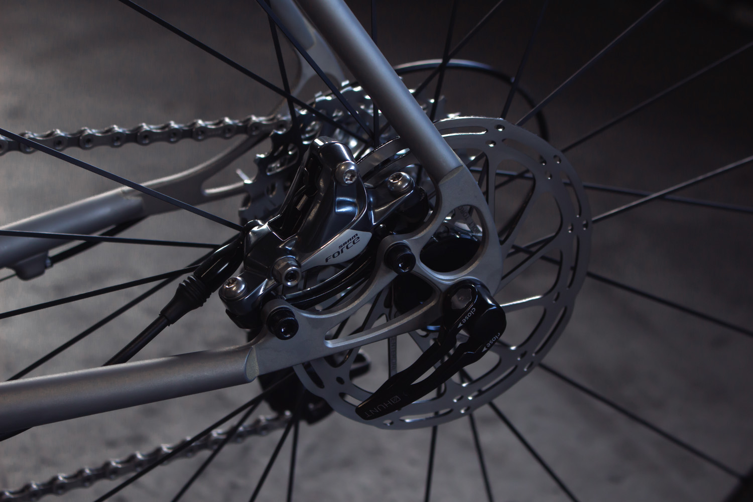 quirk_cycles_stainless_carbon_climber_road_JPEG_0009.jpg