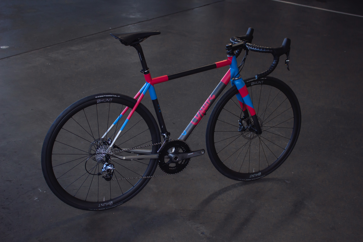 quirk_cycles_stainless_carbon_climber_road_JPEG_0012.jpg