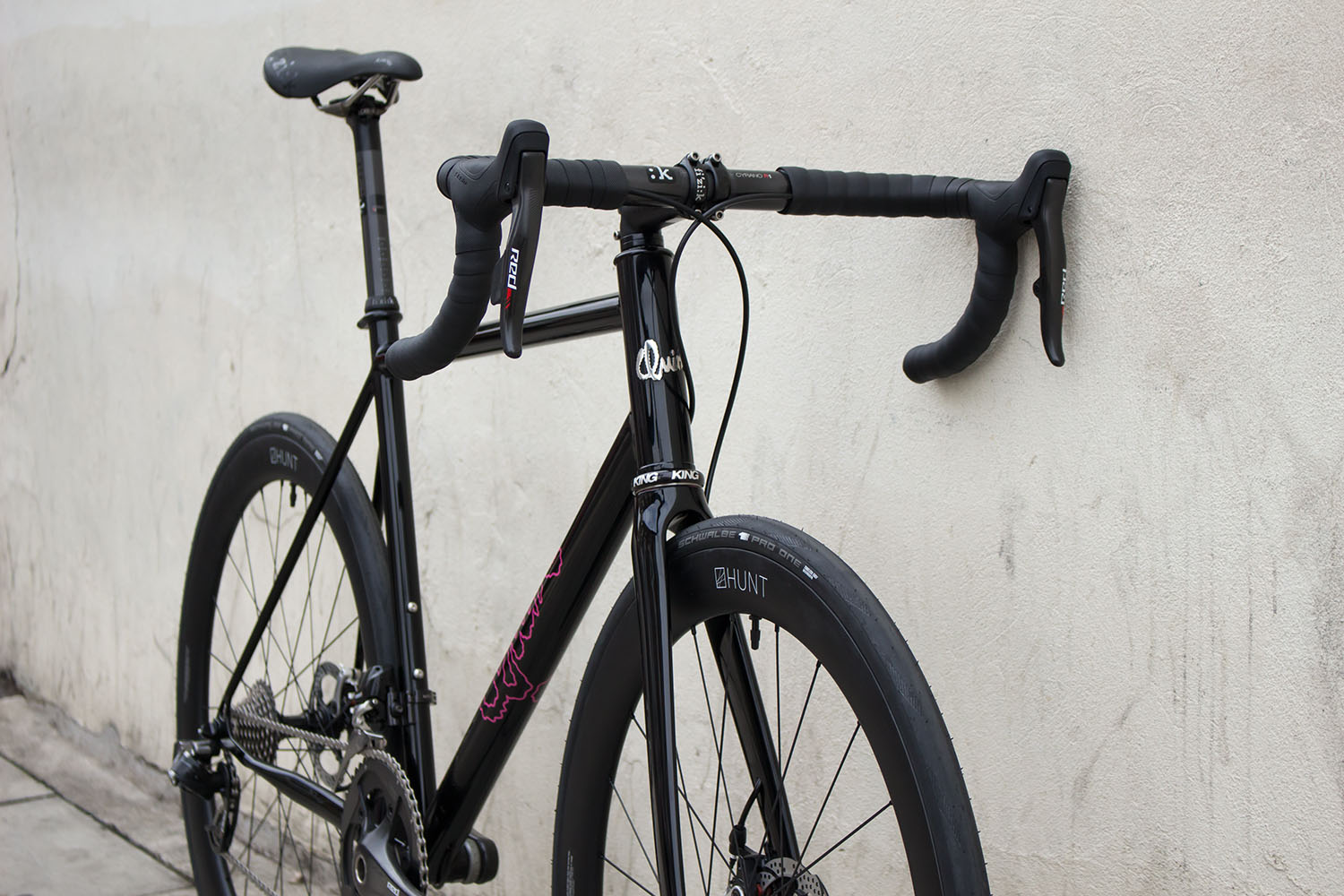 quirk_cycles_alastairs_fast_disc_road_web_0007.jpg