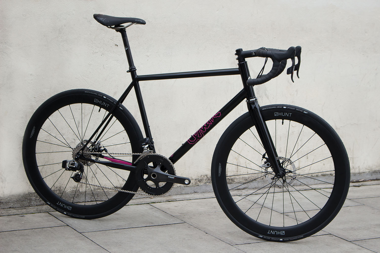 quirk_cycles_alastairs_fast_disc_road_web_0009.jpg