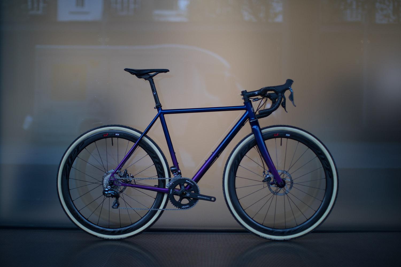quirk_cycles_chris_CX_beauty_04.jpg