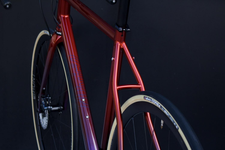 quirk_cycles_rob_mcpherson_road_09.jpg