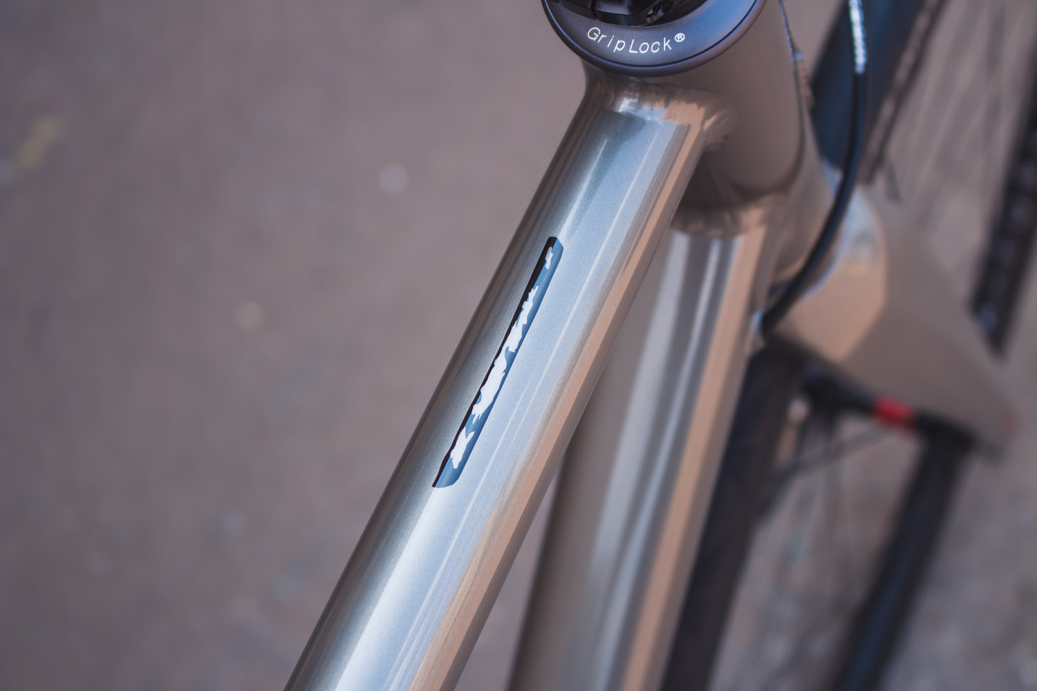 quirk_cycles_rich_mallet_road_02.jpg