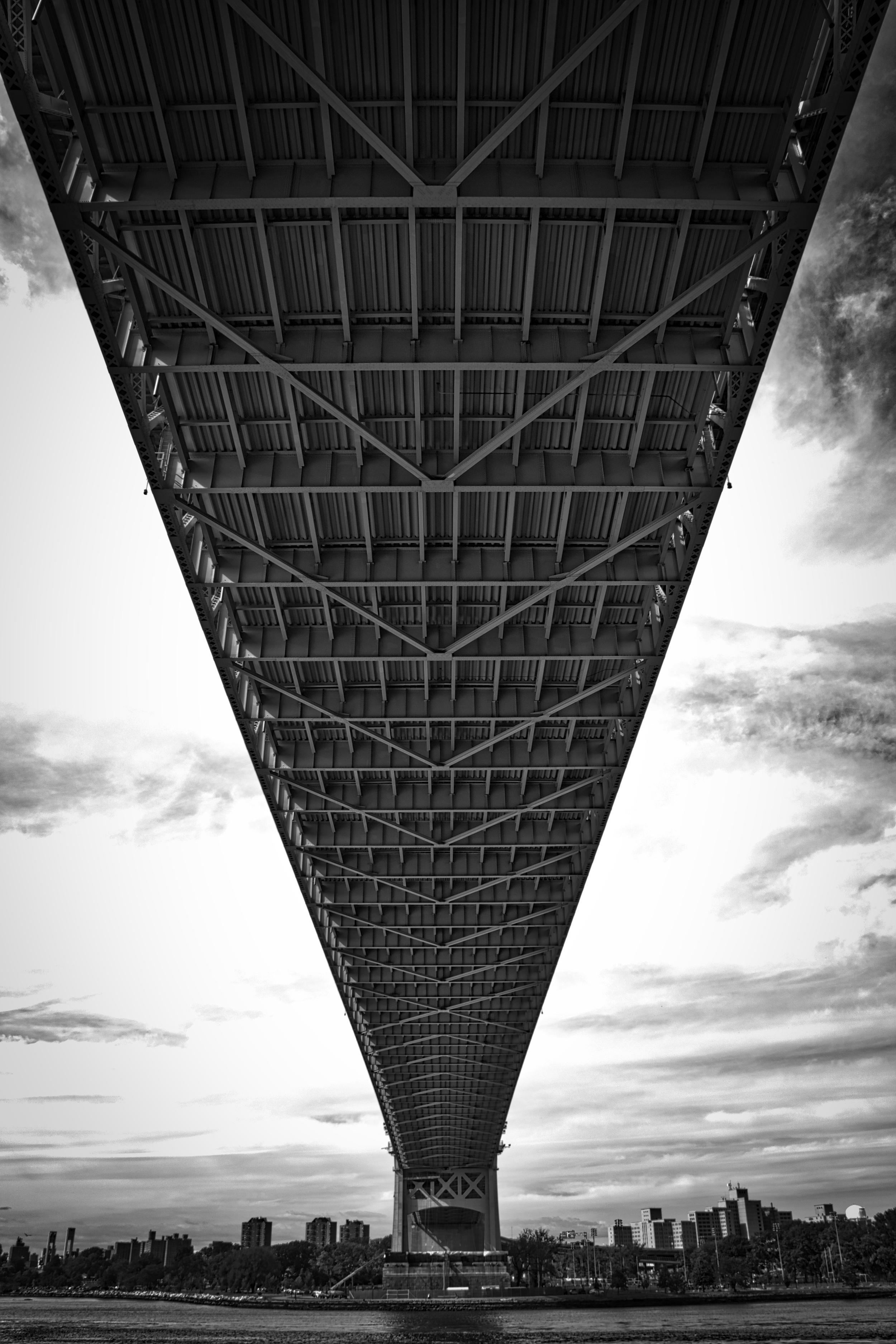 Starting off under the Triborough / RFK Bridge in Astoria Park