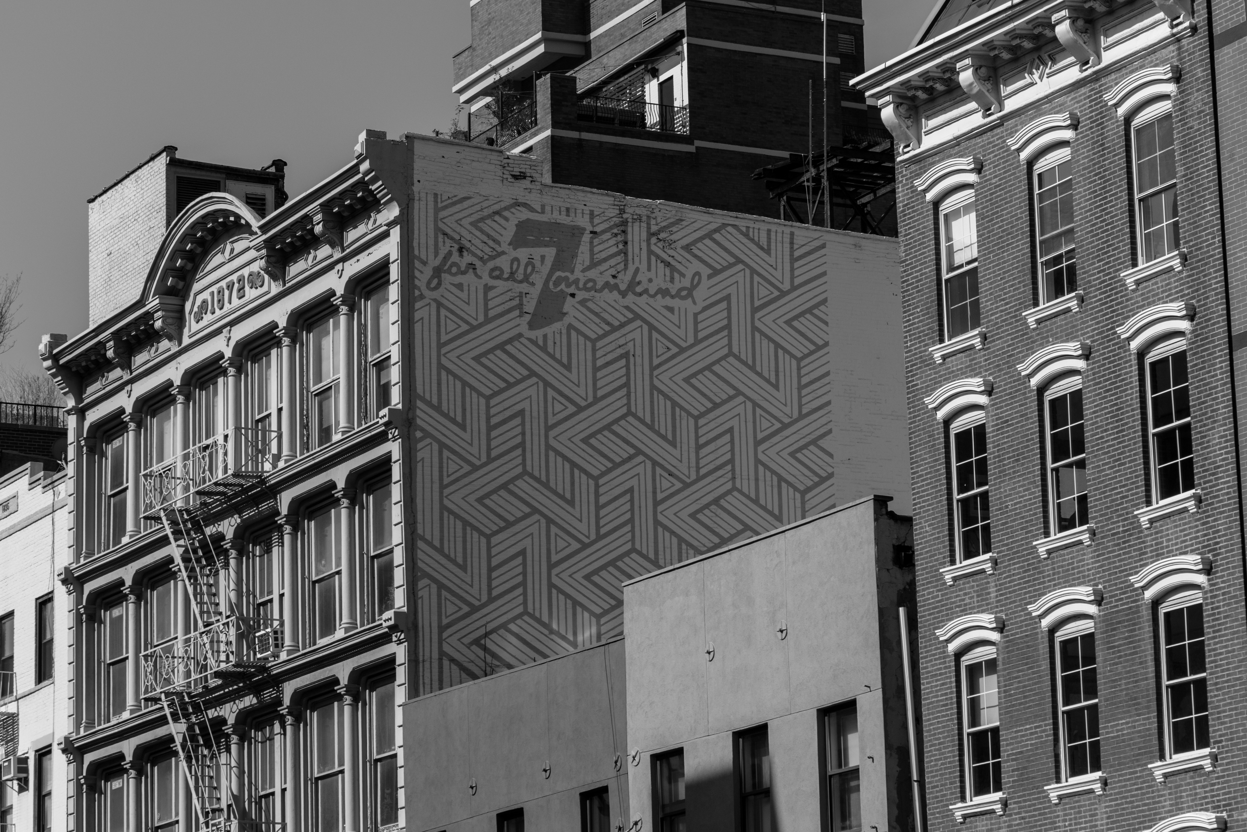 Even the blank walls in SOHO have beautiful details.