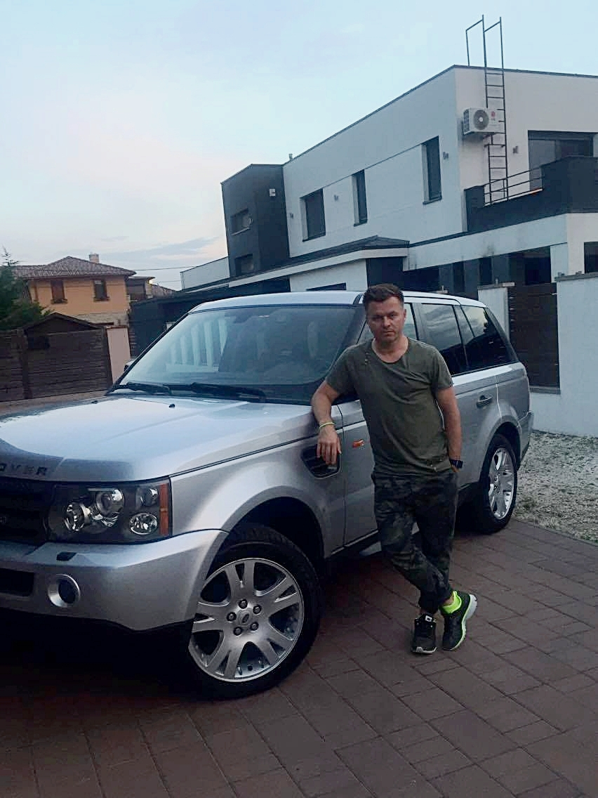 DJ Junior     Premium Car Services köszi,hogy újjá varázsoltátok a 'szörnyeteget'  :-)  Mindenkinek csak ajánlani tudom,egy vadiúj kocsit kaptam vissza! Thanx 💯👏🏻 🚙  💦