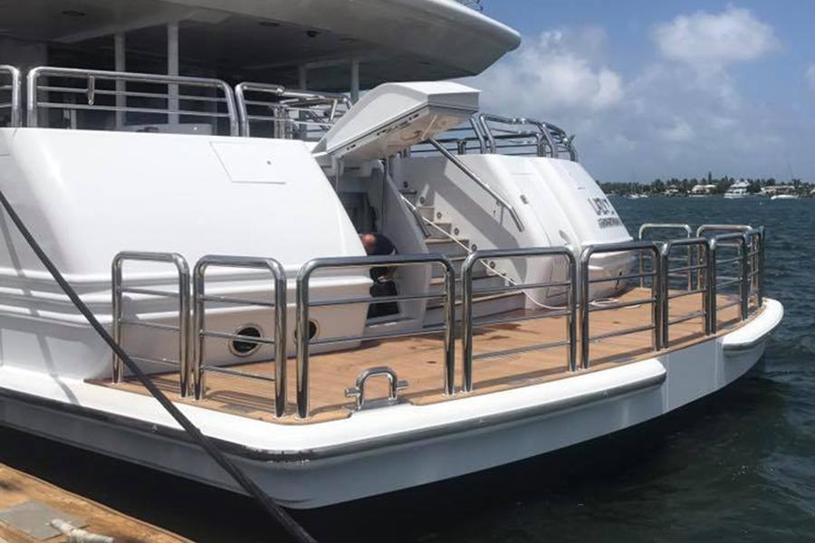 yacht-custom-rails.png