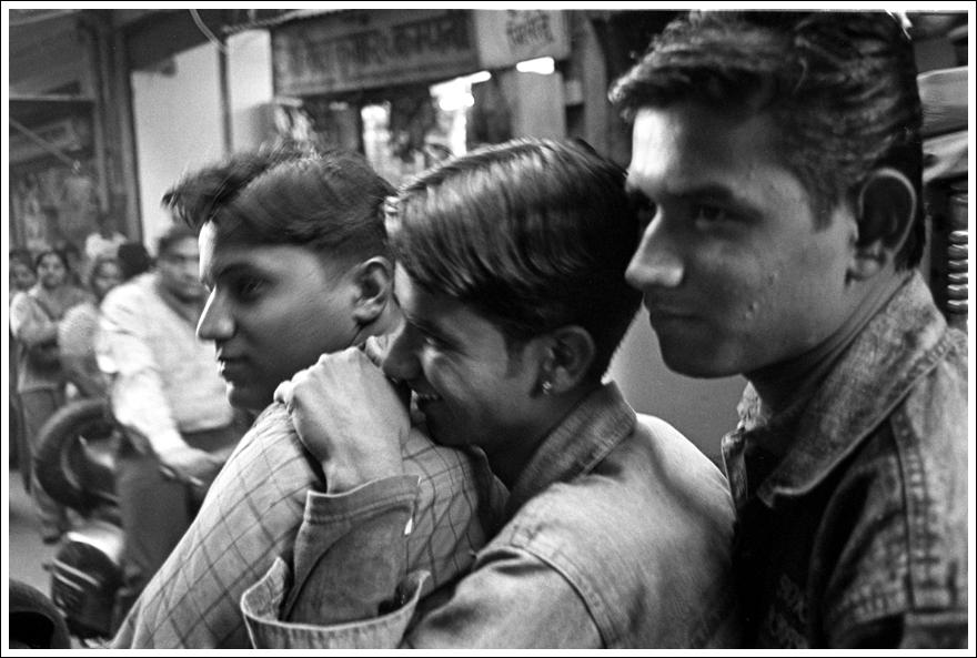 PaulDaviesEllaWebSiteIndia7FINAL.jpg