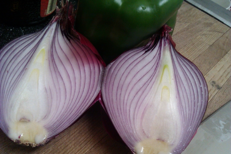 Purple onion and green bell pepper