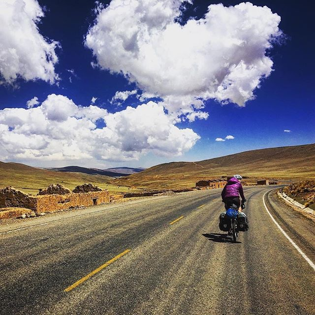@annamcnuff's journey across the USA was the beginning of a life filled with incredible stories. It led her to run the length of New Zealand and cycle the length of the Andes (pictured). Interested to find out how it all started? Grab your copy of our March read, 50 Shades of the USA by the indomitable @annamcnuff 💪🚴‍♀️ • @annamcnuff Oh. Those. Clouds. It's like someone dismantled a giant candy floss and just... left it there. #getoutside #bluesky #clouds #cloudporn #cyclinglife #cycling #cyclingshots #ridelikeagirl #bolivia #adventure #andes #lifeisgood #thursdaymotivation #sunshine #adventurebookclub #bookclub #adventurebook #bookstagram #readoutside #bookoutside #cyclingfun #thisgirlcan #travelbybicycle #womenwhotravel #viewfromtheroad #thisismyadventure #cyclingadventures #pedalpower #womenwhocycle #femaleadventurer