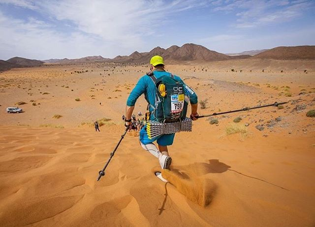 #Shaka4chris 🤙  We first met @chrisishirley after he rowed across the Atlantic and here he is earlier this year running the @marathondessables. His energy for life and adventure know no bounds.  Throughout the year he heads up @tales_of_adventure and we love supporting each event with a donated book. Adventure stories are for sharing, whether on paper, on a screen or face to face.  We can't wait for Chris to be back on his feet so he can share the story of what happened this past Tuesday. He took a bit of a fall while out climbing and we're wishing him all the best as he recovers.  Keep being badass Chris! 🤙  #getwellsoon #badass #climbingstory #mds #talesofadventure #bookclub #advebturebookclub #adventure #climbing #running #rowing #traillife