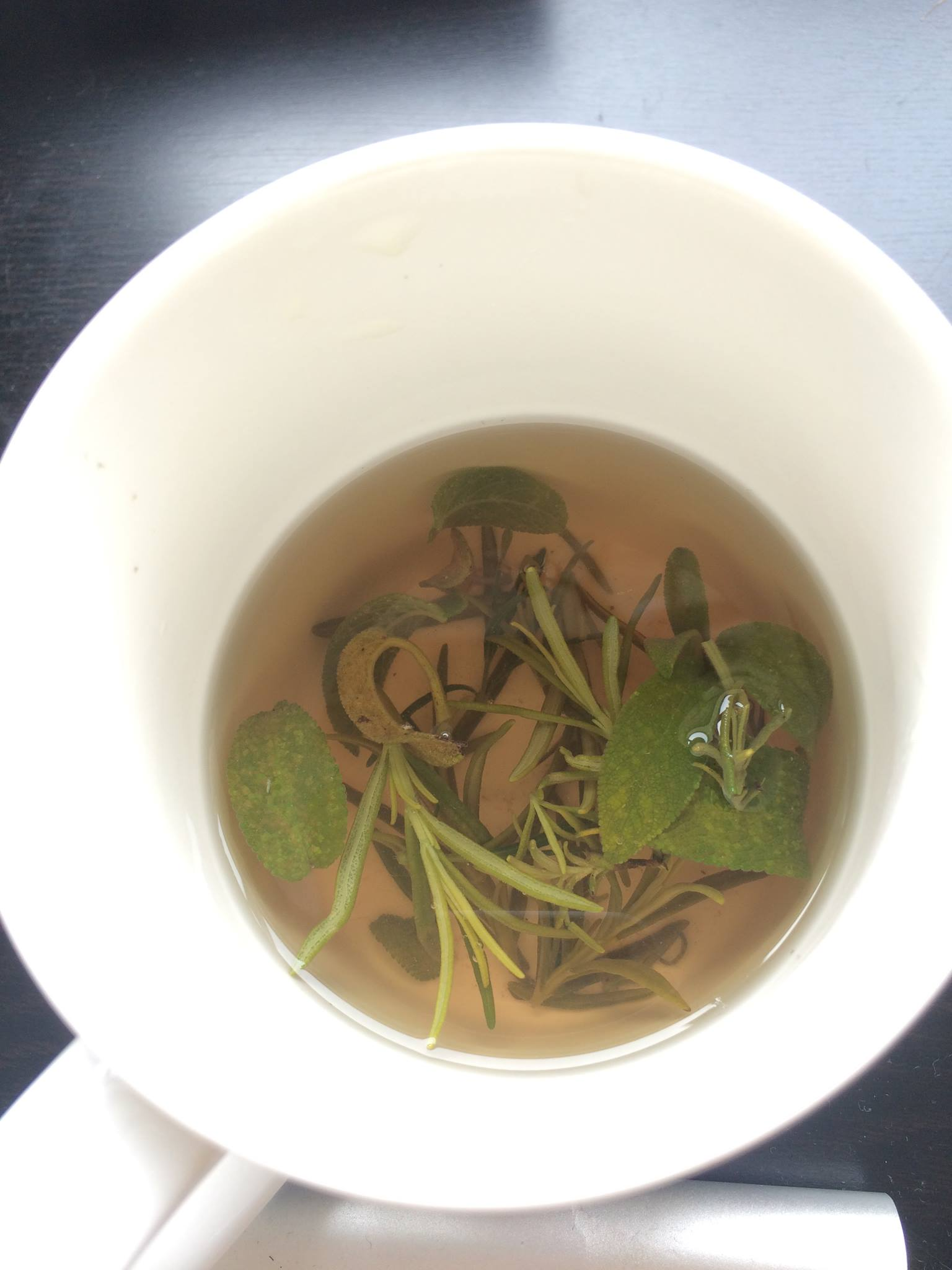 Fresh herbal teas are just one way to increase your daily antioxidant intake.