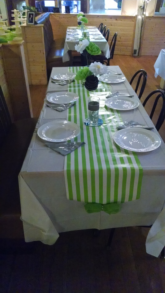 green and white table setting.jpg