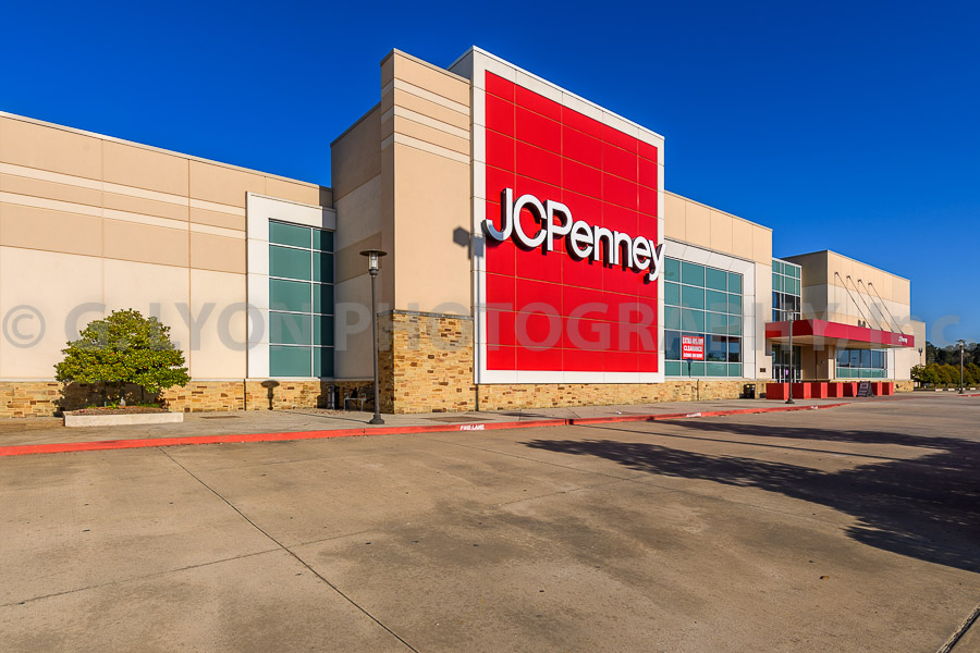 Location: Conroe, Texas Developer: Read King Commercial Real Estate