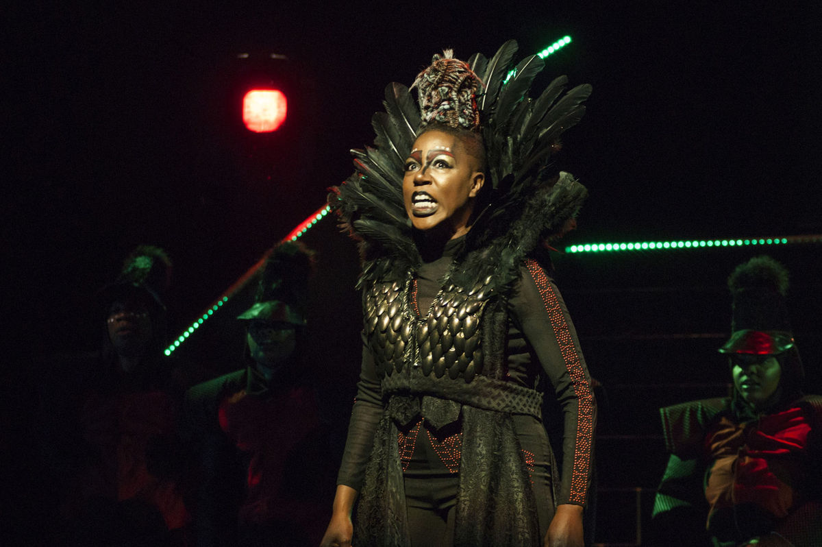 """Laiona Michelle plays Evillene in """"The Wiz"""" (photo by Crystal Tuxhorn)"""