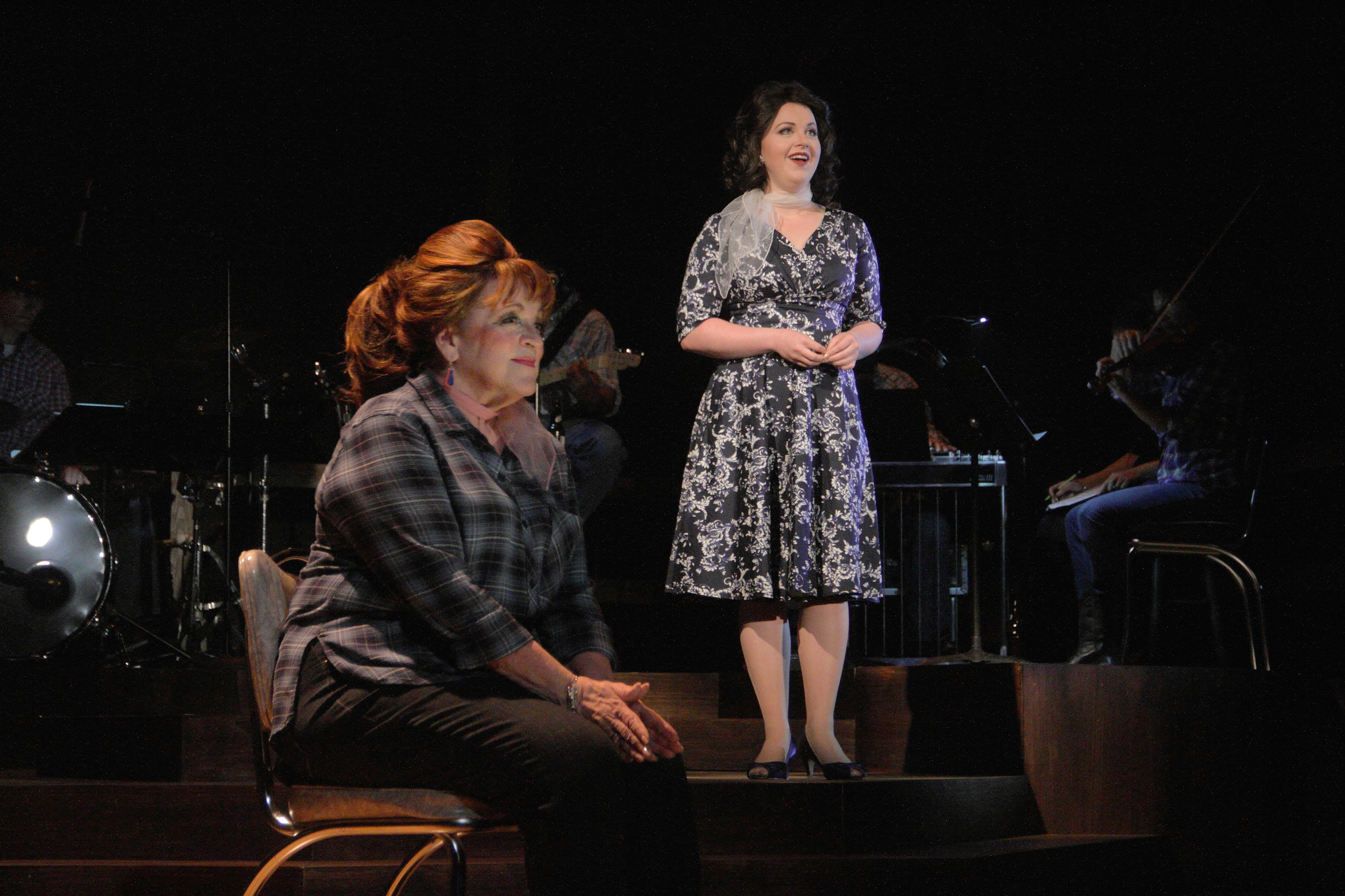 Linda Edwards with Sandia Ahlers as Patsy Cline (Photo by Samuel W. Flint)