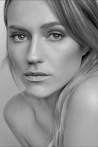 Alyson Walker portrait.jpg