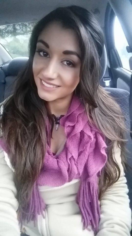 Mandy D selfie 2.jpg