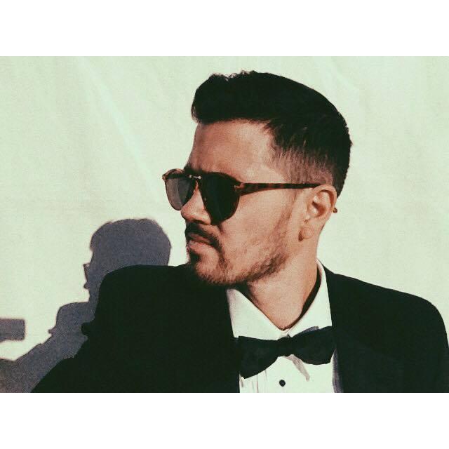 Eric B suit 4.jpg